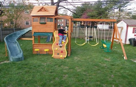 leisure time highlander swing set cedar swing set plans