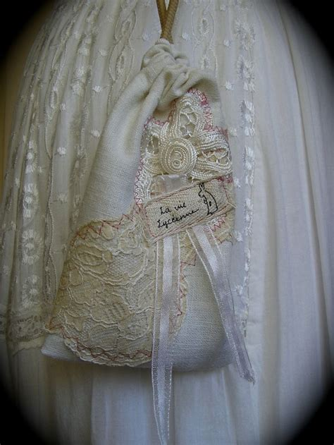 shabby fabrics drawstring bag 25 best ideas about cotton drawstring bags on pinterest drawstring bag tutorials diy bags