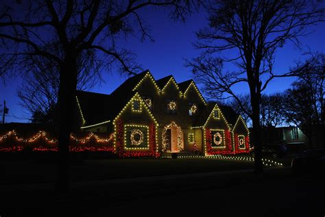 how to christmas lights on house christmas light installations in dallas park cities