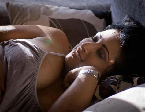 Kerela Nude Bhabhi Showing Her Boobs Maxi Me Bhabhi Ki Pics