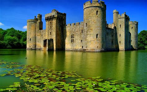 Bodiam Castle Wallpapers by Bodiam Castle The Mysteries Of The World