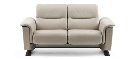 canape stressless recliner sofas stressless leather reclining sofas