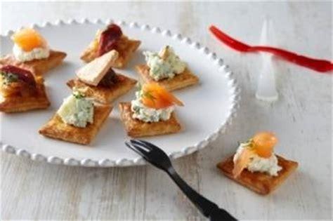 canape apero original recettes de toasts du nouvel an par l 39 atelier des chefs