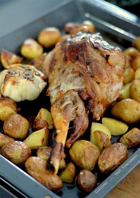 cuisiner un gigot de chevreuil gigot d 39 agneau au four cuisiner tout simplement le