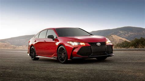 toyota camry 2020 2020 toyota camry avalon receive trd treatment