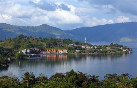 danau toba danau terbesar  asia tenggara