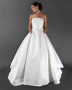 46 pretty wedding dresses with pockets martha stewart for Wedding dress with pockets