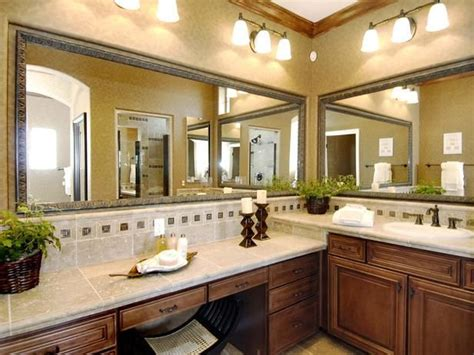 wrap around kitchen cabinets 25 best images about bathroom cabinets on 1661