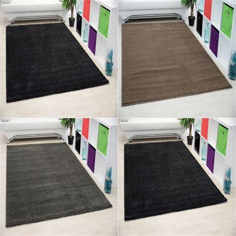 grand tapis pas cher uni meuble oreiller matelas memoire de forme