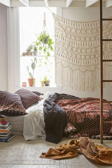 plantes chambre 1001 déco uniques pour créer une chambre hippie