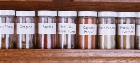 Spice Racks Australia by Fill Your Own Spice Jars For Convenience And Savings