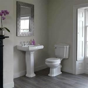 la vasque colonne idees pratiques et style luxueux With salle de bain design avec lavabo sur pied castorama