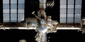 Russian space craft restocks ISS after Space X failure ...