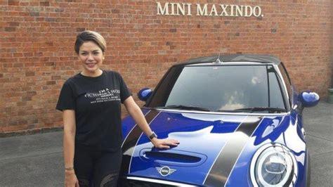 Nikita Mirzani Beli Mobil Yang Hanya Dimiliki Orang