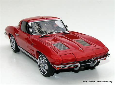 1963 Corvette Coupe Diecast Model