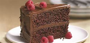 Delicious Chocolate Cake - Home Trends Magazine