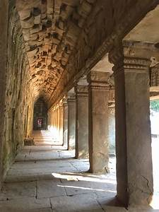 Sunlight, In, The, Ancient, Hallways