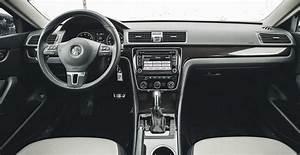 2017 Volkswagen Passat Owners Manual