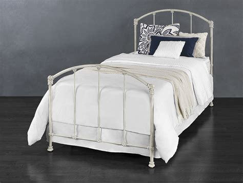 wesley allen upholstered headboards wesley allen classical upholstered beds coventry 7160