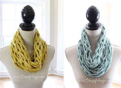 how to knit a scarf how to arm knit a single wrap infinity scarf in 20 minutes simplymaggie com
