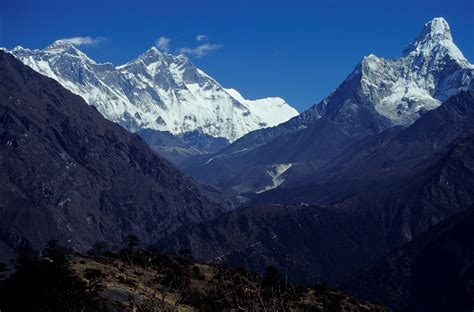 Filenepal Mount Everest And Ama Dablamjpg Wikimedia