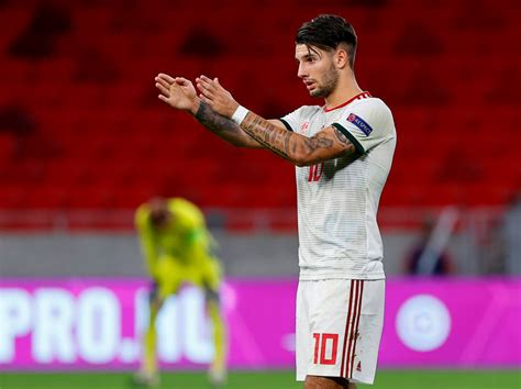 Arsenal fans urge club to sign transfer-linked Dominik ...