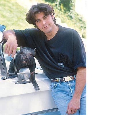 dlisted george clooney checks    dead pet pig