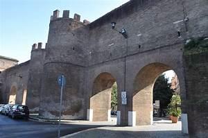 Roman, Walls