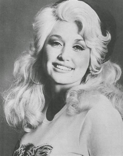 dolly parton when she was 20 beautiful portrait photos of dolly parton in the 1970s vintage everyday