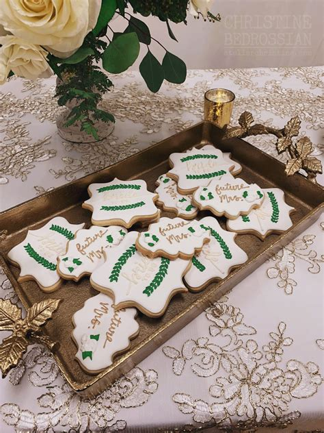 le shoppe greenery decorated sugar cookies   winter