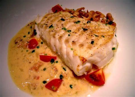 cuisiner le dos de cabillaud à la poele coeur de filet de cabillaud aux crevettes grises loftkitchen