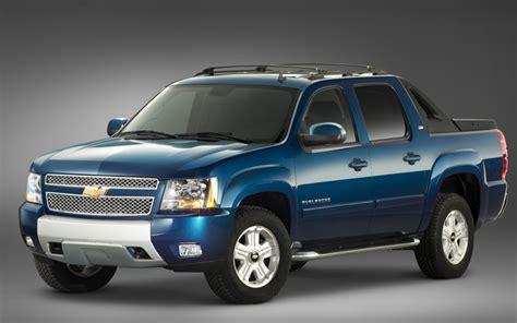 2011 Chevrolet Avalanche Front 141099 Photo 1 Trucktrendcom