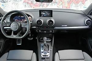 Audi A3 Design Luxe : essai vid o audi a3 berline restyl e 2016 un bien pour une malle ~ Dallasstarsshop.com Idées de Décoration