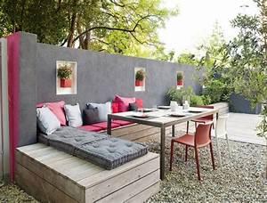 Une banquette exterieure a faire soi meme deco maison for Exceptional idees deco jardin exterieur 8 fabriquer des bancs pour lexterieur