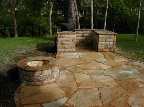 Looselaid Flagstone Patio With Bbq And