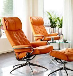 the ekornes stressless governor recliner with matching
