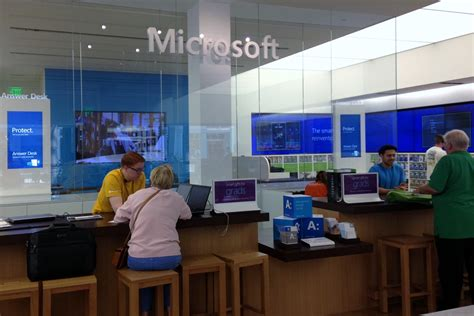 microsoft windows help desk whole new shopping experience at microsoft stores