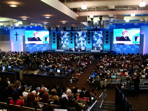 rick  kay warren   improve christian churches