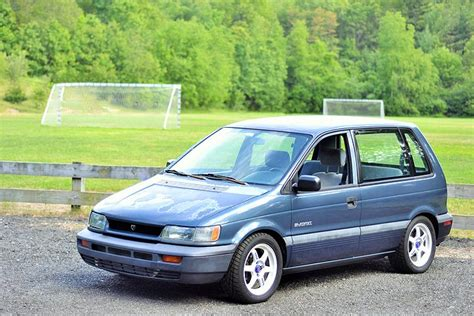 The Story Behind The 420hp Dragstrip Minivan