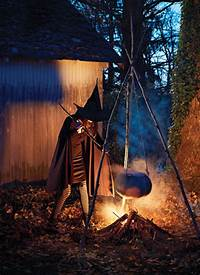 scary halloween decorating ideas 25 Outdoor Halloween Decorations Ideas - MagMent