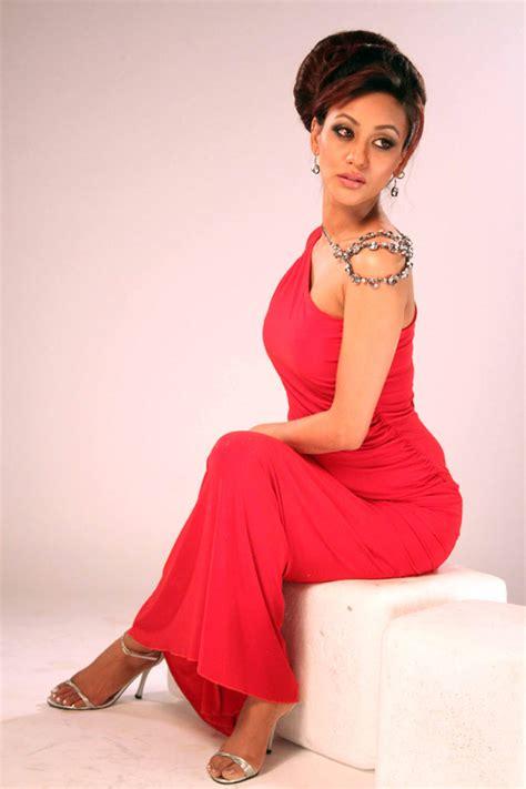actress vedita pratap singh  beautiful stylish