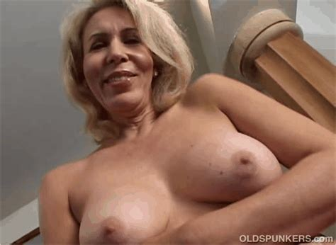 Wonderful Sex With Mature Women Blow Page
