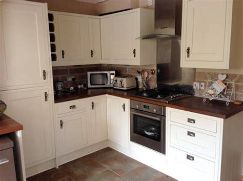 Approx 2yr Old White B&q Kitchen, Worktops And Some Appliances