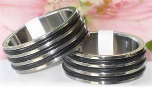 R3012 Mens Womens Titanium Black Rubber Wedding Ring Band