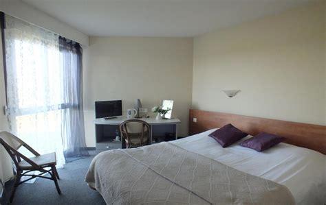 hotel avec chambre familiale séjour hotel montluçon en auvergne au jardin délice