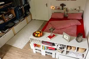 Bett Aus Holzpaletten : wo das babybett im dachgeschoss ~ Michelbontemps.com Haus und Dekorationen