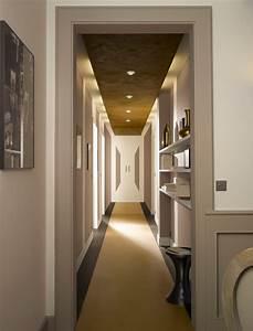 Quelle couleur pour un couloir maison design bahbecom for Quelle couleur pour une cage d escalier sombre 5 de quelle couleur peindre un couloir sombre