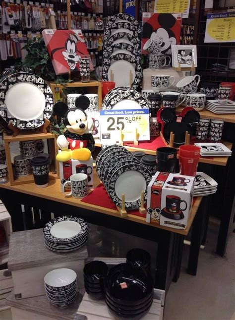 mickey mouse kitchen accessories 131 best images about mickey mouse on disney 7488