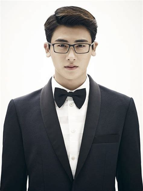 hyungsik  charming  sophisticated   model