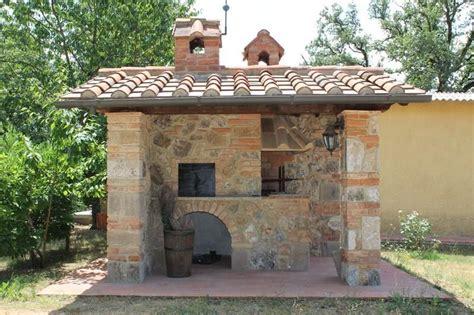 Forni A Legna Per Esterno In Muratura by Barbecue Da Esterno In Muratura Con Costruire Barbecue In